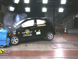 Hyundai i10 - Crash Tests 2014
