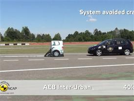 VW Golf Sportsvan  - AEB Test 2014