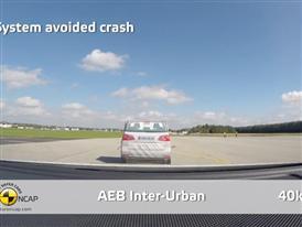 Volkswagen Passat  - AEB Test 2014