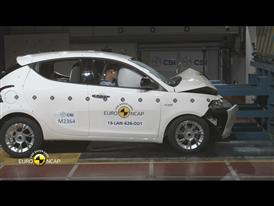 Lancia Ypsilon- Crash Tests 2015