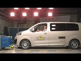 Peugeot Traveller - Crash Tests 2015