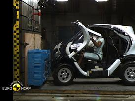 Renault Twizy 80 Crash Test 2014