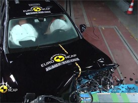 Mercedes-Benz E-Class - Crash Tests 2016