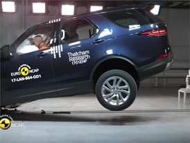 Land Rover Discovery - Crash Tests 2017