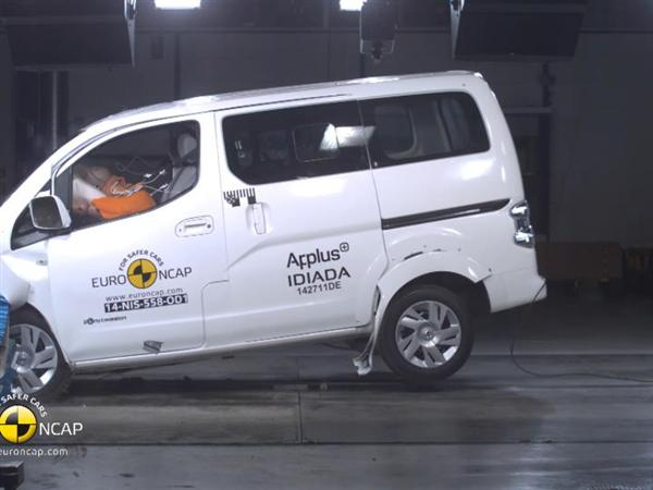 euro ncap newsroom nissan e nv200 evalia euro ncap. Black Bedroom Furniture Sets. Home Design Ideas