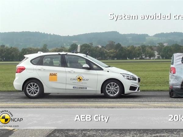 BMW 2 Series Active Tourer  - AEB Test 2014