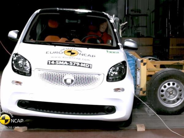 smart fortwo - Crash Tests 2014