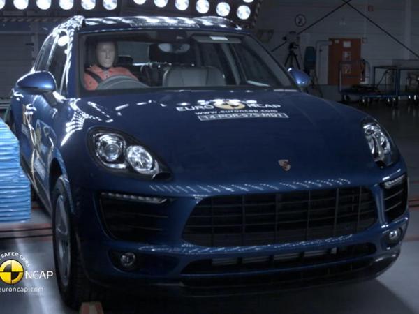 Porsche Macan - Crash Tests 2014