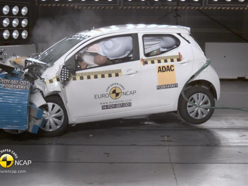 euro ncap newsroom toyota aygo crash tests 2014. Black Bedroom Furniture Sets. Home Design Ideas