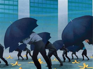 Cyber risk and interest rates rank alongside regulation as top risks for insurers