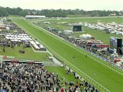 2016 Investec Oaks Day