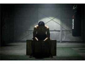 """「リーボック フィットネス バトルレース」×ラッパー""""般若""""とのコラボレーション 大会オフィシャルソング「人間をきわめろ」&スペシャルムービーを本日より公開"""
