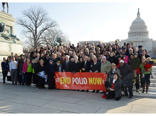 Bill Gates meets with Rotary members and other polio supporters