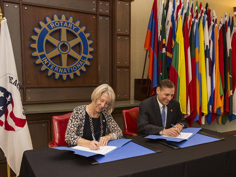 John Hewko, General Secretary, Rotary International and Carrie Hessler-Radelet, Acting Director, Peace Corps