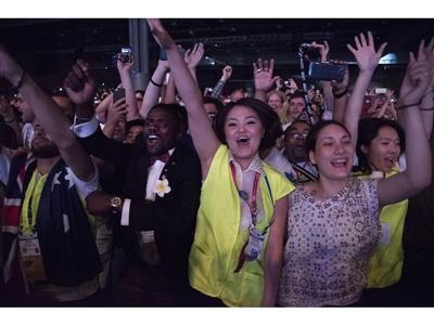 Rotary members react to PSY performance
