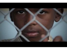 """Anúncios de vídeo - """"Falta Só Isto"""" - :30"""