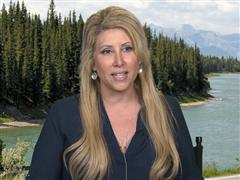 "Travel Expert Stefanie Michaels aka ""Adventure Girl"" Reveals Her Favorite Fourth of July Destinations and Gives Tips to Add Excitement to any Road Trip"