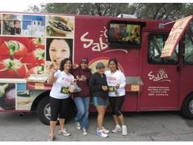 Gourmet Food trucks tour the US