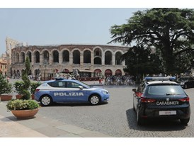 Italian Police Force Puts Faith in the SEAT Leon 1