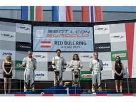 Shane Anthony Williams, Loris Hezemans, Lucile Cypriano and Stian Paulsen on the podium after the first race