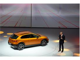 SEAT presents the Leon Cross Sport showcar 9