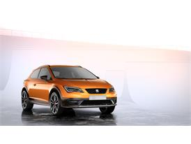 SEAT Leon Cross Sport Show Car, exterior, static shot, 34 front view (2)