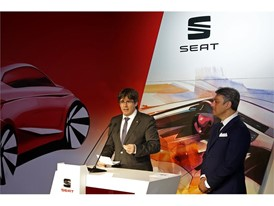 Catalonia's government President Puigdemont during his first visit at SEAT