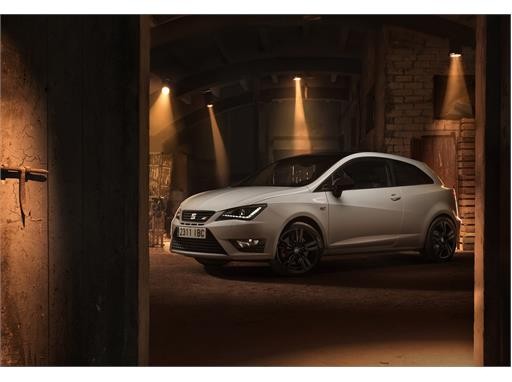 SEAT Ibiza CUPRA, exterior, static shot, 3/4 front view