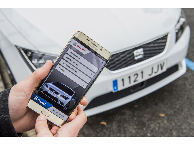 Digital Key Sharing, fingertip authorisation for anyone, anywhere to use your car