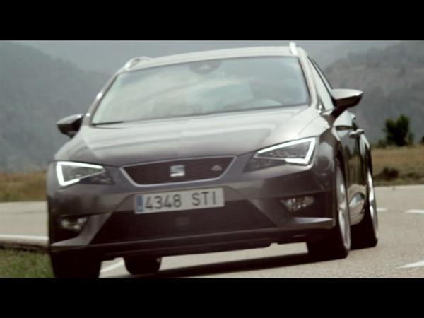 SEAT Leon ST - Driving Footage