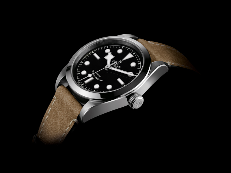 TUDOR Heritage Black Bay 36 - black leather beige 1
