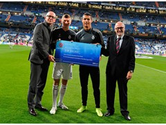 ICRC receive €100,000 UEFA donation