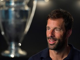 Van Nistelrooy on disability and access to football
