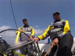 Fast sailing on the way to the Malacca Strait and Dongfeng Race Team still in the lead