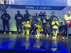 Team Brunel keep Dutch fans up late for arrival into The Hague