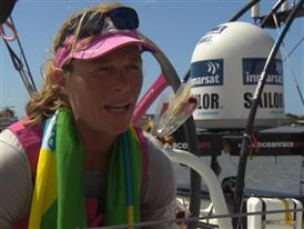Leg 5 finish Interviews with Carolijn Brouwer - POR