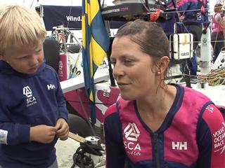 Gothenburg In-Port Race Interview with Samantha Davies (GBR) - French