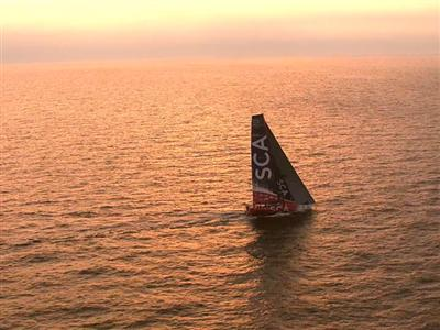 Morning glory for Team SCA and Abu Dhabi Ocean Racing