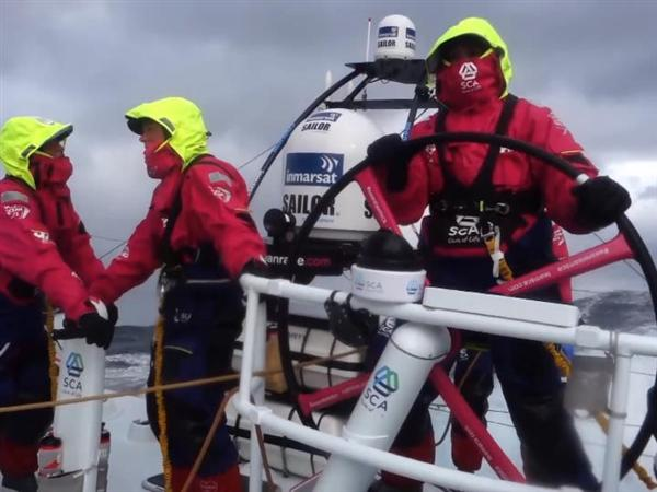 """""""It's like being in a washing machine"""" - four boats could claim victory in Itajaí"""