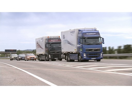 A Volvo FH Led First-Ever Trucks/Cars Platoon on Public Roads
