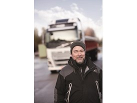Claes Hillén, clinic manager at Volvo Trucks