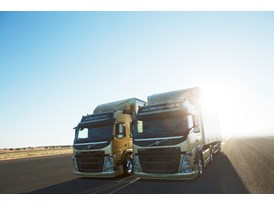 Volvo Dynamic Steering greatly improves precision and directional stability, making it possible to drive two Volvo FMs i