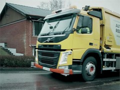 Volvo Trucks –  Refuse handling like you've never seen it before (autonomous truck)