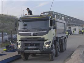 EDITED PACKAGE (Clean): Volvo Trucks - Here is how the truck was remotely controlled