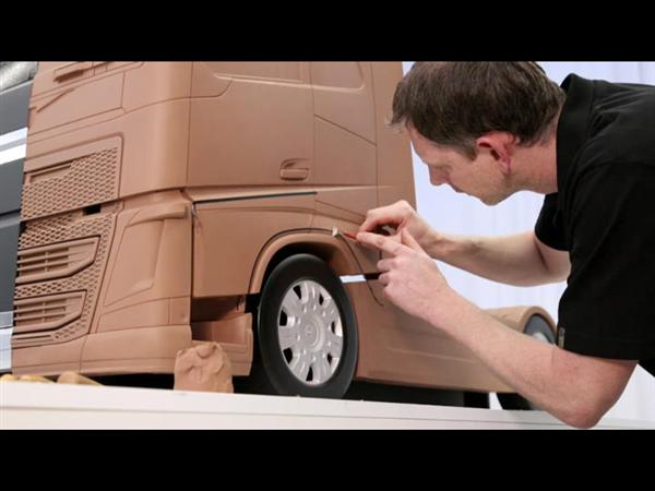 The new Volvo FH - Functional design at its best