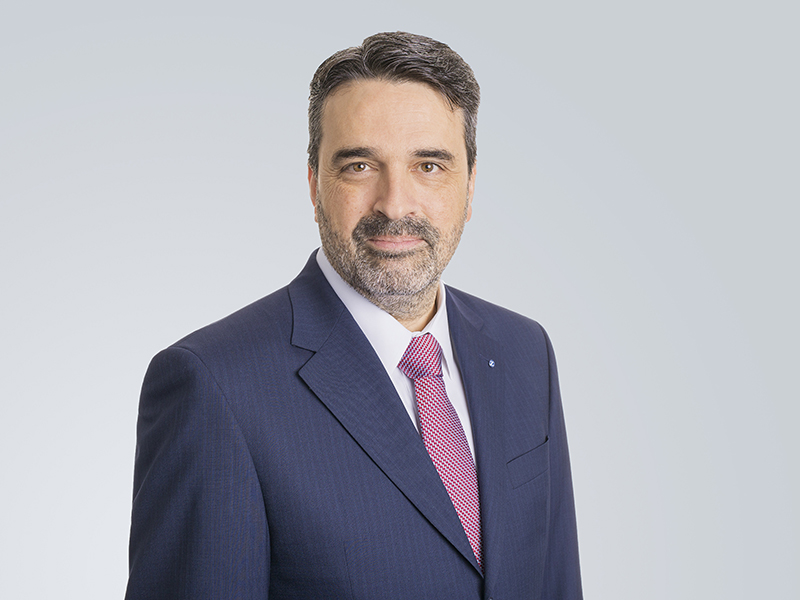 Urban Angehrn, Head of Alternative Investments