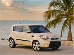 "2010 Kia Soul+ Named ""Best New Car for Your Teen"" by Kiplinger's Personal Finance"