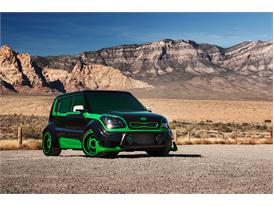 Based on the intergalactic peacekeeper, the Green Lantern-inspired Soul shines with a green and black two-tone exterior
