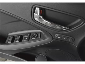 New Cerato Interior Details 09
