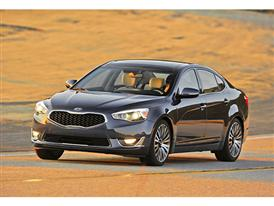 Kia Cadenza (action)